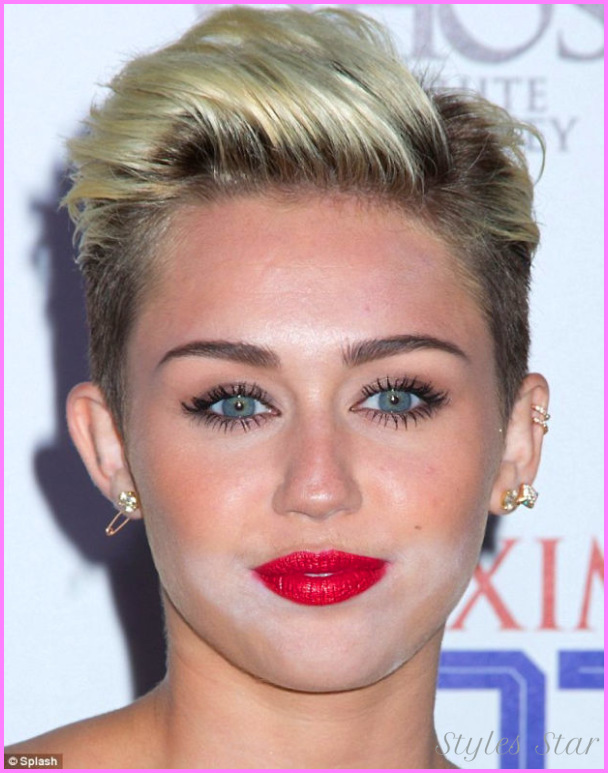 ... Solved: Why All the White Powder on Celebrity Faces - Beautygeeks