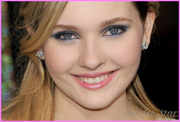 Abigail-Breslin-Makeup-as-2012-Prom-Makeup-Ideas-Celebrity-Makeup.jpg