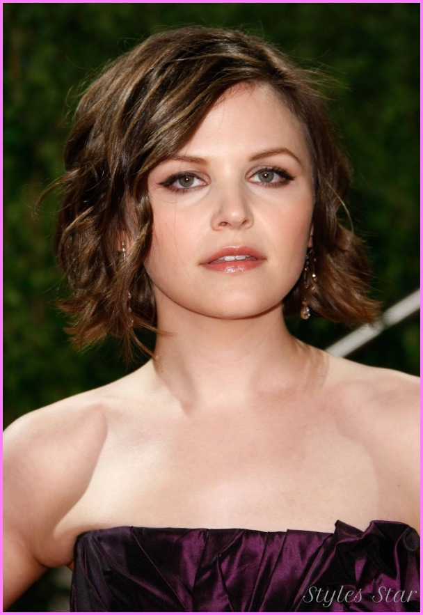 Short Bob Hairstyle For Oval Shaped Faces
