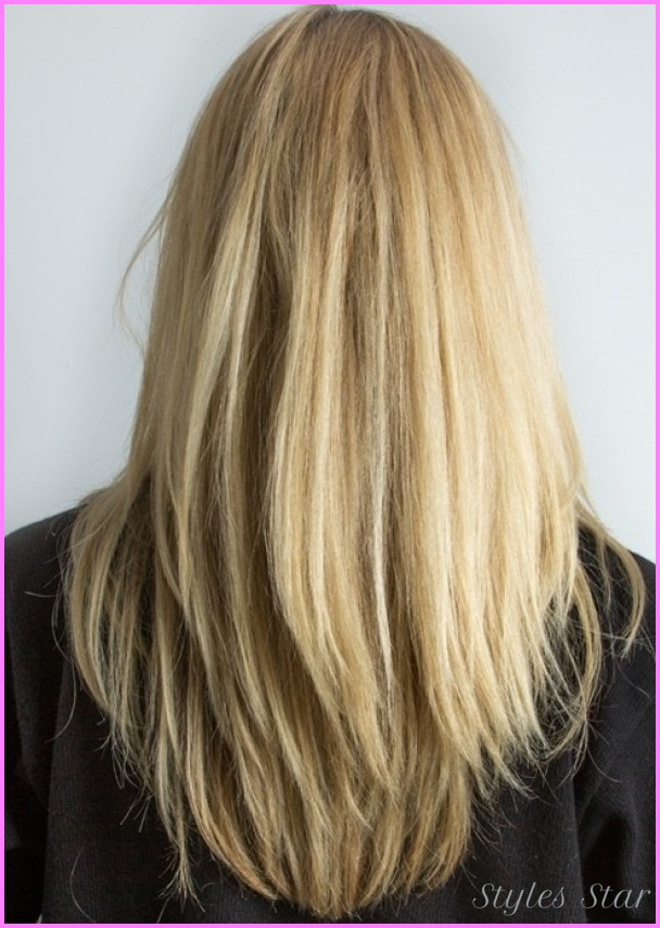 Long-straight-golden-blonde-with-long-razor-textured-layers-hairstyle.jpg