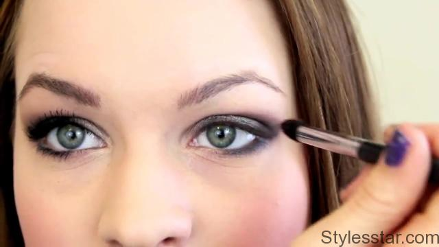 T Swift Inspired Smokey Eye from Grammys 2013_HD720 08