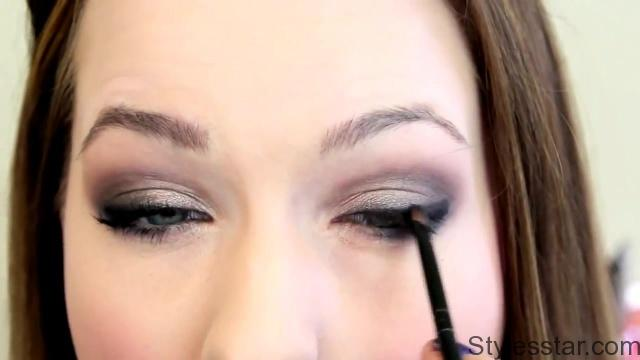 T Swift Inspired Smokey Eye from Grammys 2013_HD720 10