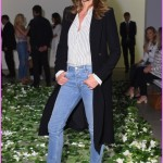 Cindy crawford wore a outfit to their spring 2018 fashion show