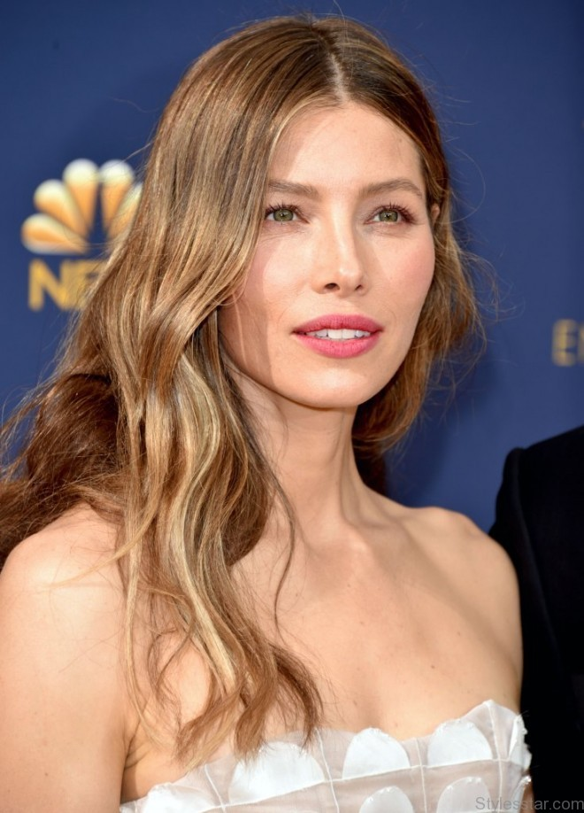 jessica biel hairstyles and best beauty looks 20194